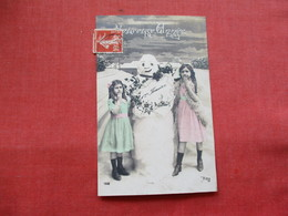 RPPC  2 Young Girls By Snowman France   Ref 3210 - Other