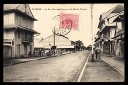 GUYANE FRANÇAISE, GUYANE, Cayenne, Rue Chaussée-Sartines Et Le Marché Couvert - Cayenne