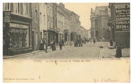 Ciney. La Rue Du Centre Et L'hôtel De Ville - Ciney