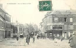 LE NEUBOURG - Rue De L'hôtel De Ville.(épicerie Leconte). - Le Neubourg
