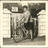 ( CYCLES  )( CYCLISTES  ) ( SPORT )( TRANSPORT )( FEMME ) 1963 - Cycling