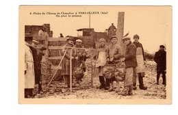 CPA 01 - Pêche De L'etang De Chapelier à Versailleux ( Ain ) On Pèse Le Poisson - Francia