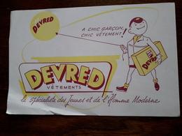 L18/102 Buvard. Vetements Devred - Textile & Clothing