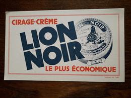 L18/103 Buvard. Cirage Lion Noir - Pulizia