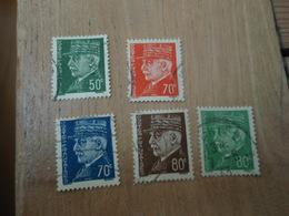 5 Timbres Maréchal PETAIN 50 C 2 X 70 C Bleu Et Rouge, 2 X 80 C Vert Et Marron. Oblitérés Dont 1 = 1943 - 1941-42 Pétain