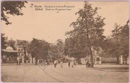 Uccle (Belgique) - Kiosque Et Avenue Brugmann (Circulé En 1930) - Uccle - Ukkel