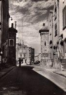 DPT 63 RIOM Rue GOMOT L'Ancienne Porte De La Ville - Riom