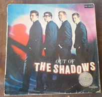 33 TOURS 25 CM THE SHADOWS --- OUT OF THE SHADOWS - Instrumental