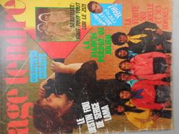 Age Tendre N° 129 Août 1975 - Boeken, Tijdschriften, Stripverhalen