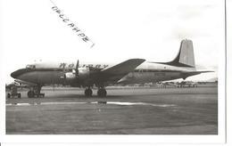 PHOTO AVION DOUGLAS DC 6 N90705  HOLIDAY AL  13X9CM - 1946-....: Era Moderna
