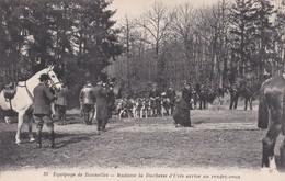 78 RAMBOUILLET, Equipage De Bonnelles, Madame La Duchesse D'Uzés Arrive Au Rendez-vous - Rambouillet