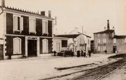 ARS EN RE. - Place De La Gare - Ile De Ré