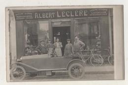 Carte Photo LA FERE. Albert Leclère Cycles, Automobiles Etc. Devanture De Magasin. Rue De La République. Animée - Autres Communes