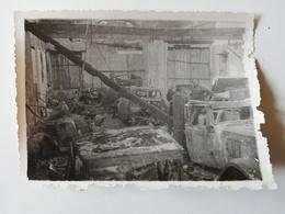 CERISAY /  PHOTOGRAPHIE / ROUTE DE POUZAUGE . GARGE DE NIS / 1944 - Cerizay