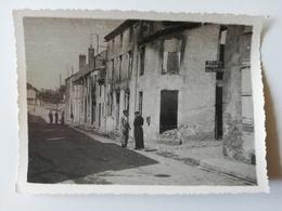 CERISAY /  PHOTOGRAPHIE / ROUTE DE POUZAUGE / Ateliers Jean Denis  1944 - Cerizay