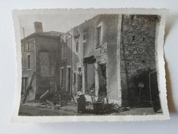 CERISAY /  PHOTOGRAPHIE / ROUTE DE POUZAUGE /   1944 - Cerizay