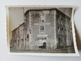 CERISAY /  PHOTOGRAPHIE / HOTEL MANILLE ROUTE DE BRESSUIRE /   1944 - Cerizay
