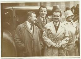 PARIS 28.09.1927  PLACE DE LA CONCORDE DÉPART DU RAID PARIS-HANOÏ EN AUTOMOBILE LANNE MARCONNI DUVERNE EXPLORATEUR  W85 - Cars