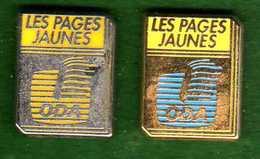 2 Pin's Les Pages Jaunes ODA  Argenté Et Doré Zamac 4pS - France Telecom