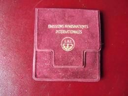 Médaille Bronze TITANIC White Star Line.  Monnaie De Paris Emissions Numismatiques Internationales . - Andere
