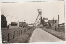 Orne  : LA FERRIERE  Aux   ETANGS  :  Puit  Central , Mine  1963 - France