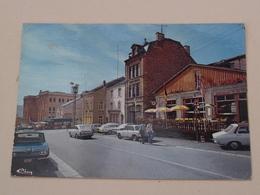 Rue Docteur-Jeanty Et Maison Communale ( CIM ) Anno 19?? ( See / Zie / Voir Photo ) ! - Virton