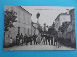 16 : GENSAC La PALLUE : RUE De La MAIRIE ,C.P.A.,carte En Bon état,animée , - Altri Comuni