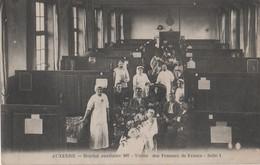 CPA 89. AUXERRE. Hôpital Auxiliaire 107. Union Des Femmes De France. Salle 1. Très Animée - Auxerre