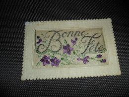 Carte Brodée ( 105 )  Geborduurde Kaart    Carte Enveloppe - Brodées