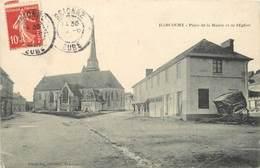 HARCOURT - Place De La Mairie Et De L'église. - Harcourt