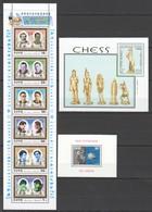 K448 1983,1997,2001 ZAIRE SOMALI KOREA MINERALS CHESS 2BL+1KB MNH - Schaken
