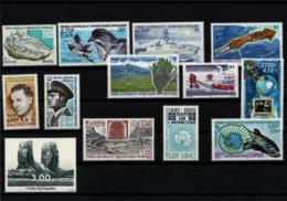 TAAF Année Complète 2001 Timbres Neufs ** Avec Carnet De Voyage - French Southern And Antarctic Territories (TAAF)