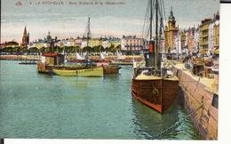 CPA 17 -- LA ROCHELLE -- Quai Duperré Et Le Boyarville - La Rochelle
