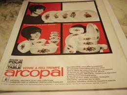 ANCIENNE PUBLICITE SOLIDE AU FOUR JOLI A TABLE ARCOPAL 1965 - Manifesti