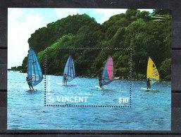 St. Vincent  - 1988. Surfwind. MNH Block Fresh - Vela
