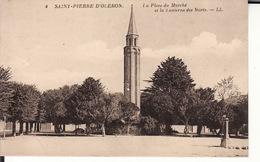 CPA 17 -- SAINT PIERRE D'OLERON -- La Place Du Marché Et La Lanterne Des Morts - Saint-Pierre-d'Oleron