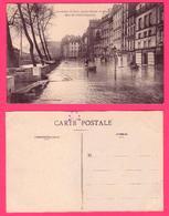 CARTE  POSTALE ANCIENNE PARIS INONDE -  JANVIER 1910 - QUAI DES GRANDS AUGUSTINS - Inondations