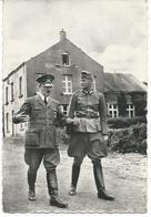 Bruly-de-Pesche Mai 1940 - Hitler Se Promène Devant La Maison Communale - Couvin