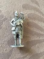KINDER METAL / ECOSSAIS N°6 - Metal Figurines