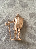 KINDER METAL / SOLDAT 1300-1700 N°1 - Metal Figurines