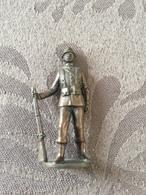 KINDER METAL / SOLDAT 1830-1915 N°2 - Figurines En Métal
