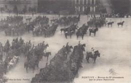 PONTIVY - Revue Du 2e Chasseurs Sur La Place Nationale  (lot Pat 61) - Pontivy