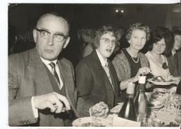 COULOMMIERS - BANQUET Du 205è RI Période 1939-40 - Photo Prise Le 13 Mars 1966 - Photo Amateur Format 18x12.5 - Personnes Identifiées