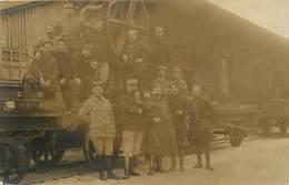 Themes Div-ref BB174- Carte Photo - Guerre 1914-18- Militaires En Gare Du Treport -train Ligne De Chemin De Fer - - Le Treport