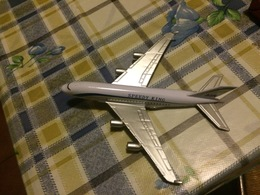 AIRBUS A380  STUPENDO MODELLINO - Non Classificati