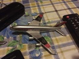 AIRBUS A380  STUPENDO MODELLINO - Autres Collections