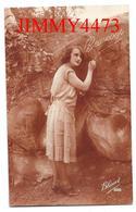 CPA -  BEAUCOUP - Une Jolie Jeune Fille Amoureuse En 1926 - Edit. Bleuet N° 888 - Scans Recto-Verso - Femmes