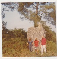 26895 Trois Photos CARNAC 56 Bretagne France -touriste 1973 Belgique Menhir Plage Alignement - Lieux