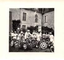 Photographie : Kermesse En Juillet 1955 - Supposé Sur L'Ile D'Oléron - France - Lieux
