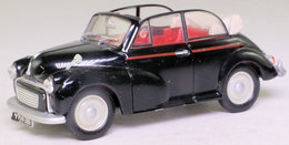 Morris Minor Convertible. - Corgi Toys